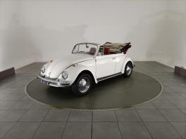 Volkswagen Coccinelle cabriolet 1500 de collection à louer